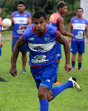 gessé treino atlético-ac (Foto: João Paulo Maia)
