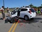 Motociclista morre após batida com carro na BA-489; moto fica destruída