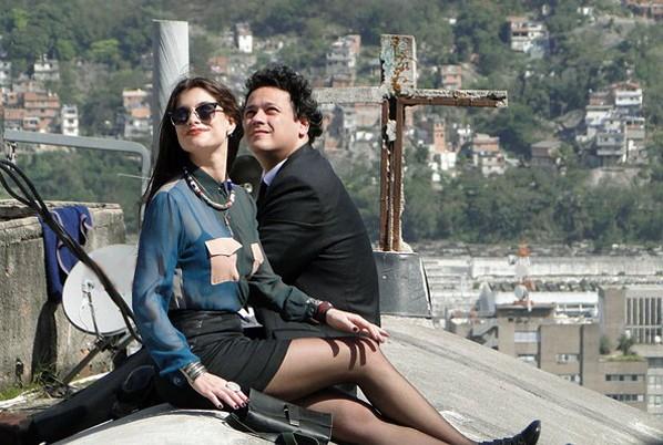 A cena foi gravada com câmera aérea (Foto: Fim do Mundo/TV Globo)