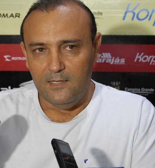 mão na massa (Silas Batista / GloboEsporte.com/pb)