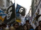 Milhares protestam contra medidas econômicas de Macri na Argentina