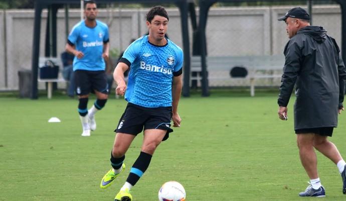 Giuliano Grêmio treino (Foto: Eduardo Deconto/GloboEsporte.com)
