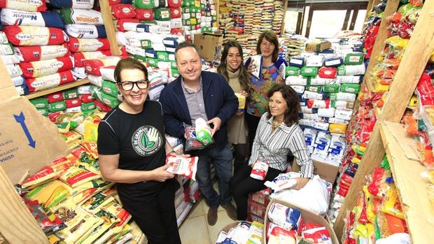 'Damas' arrecadam 25,5 toneladas de alimentos  (Cleiton Thiele/SerraPress)