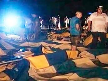 Estrutura de igreja caiu durante temporal em Santa Maria, RS (Foto: Reprodução/RBS TV)