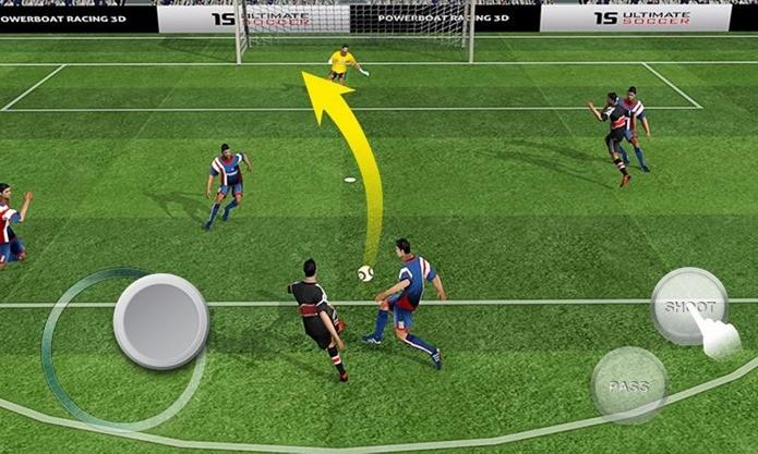 Jogo de futebol se inspira em FIFA 15, mas é bem mais leve (Foto: Divulgação)