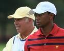 """Caddie atira contra Tiger Woods em livro: """"Era como se eu fosse escravo"""""""