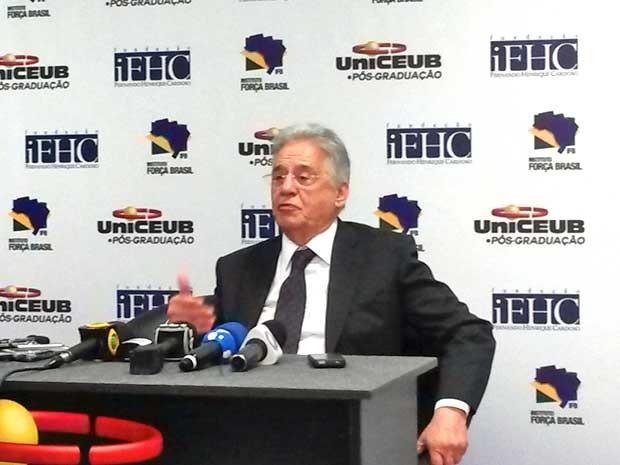 'Governo vai pagar pelos pecados', diz FHC sobre corte no Orçamento