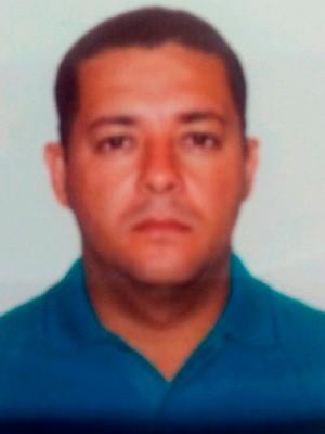 Juano Moisés da Silva Mota ainda é procurado pela polícia (Foto: Divulgação/Polícia Civil do RN)