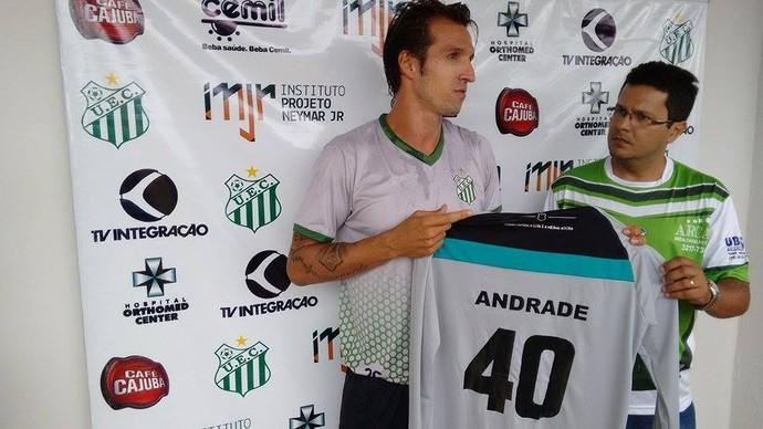 Elinton Andrade goleiro Uberlândia UEC (Foto: Gullit Castro)