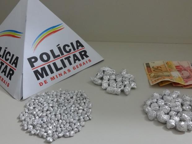 Material estava em posse de pastor de Minas Gerais (Foto: Polícia Militar/Divulgação)