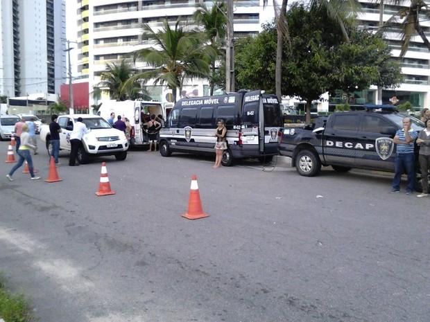Blitz da operação Lei Seca aconteceu na Zona Sul de Natal (Foto: Capitão Styvenson Valentim/G1)