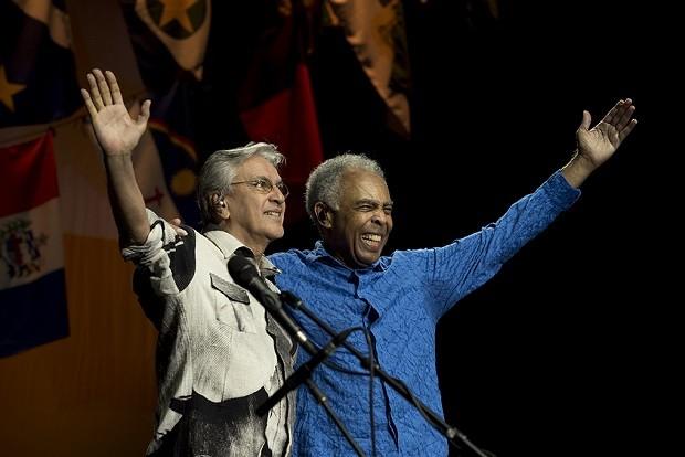 Caetano e Gil - agradecimento (Foto: Reproduo)