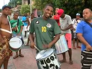 Unidos da Zona Norte estreia no carnaval de Sorocaba, SP (Foto: Reprodução/ TV TEM)