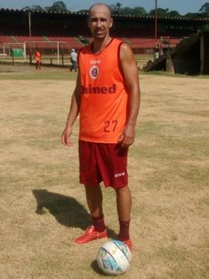 Wanderson, novo meia da Desportiva (Foto: Eduardo Dias/A Gazeta)