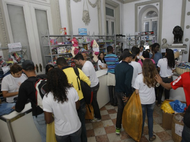 Movimento é intenso mas sem registro de confusão neste domingo (Foto: Elói Corrêa/ GOVBA)