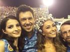 Atriz Giselle Batista beija muito o grafiteiro Otavio Pandolfo em carnaval