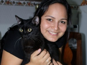 Abi foi o primeiro gato adotado por Suelen (Foto: Suelen Penafort/Arquivo Pessoal)