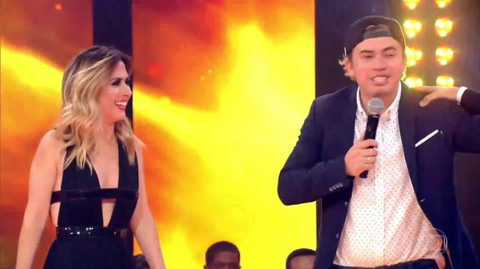 Tatá e Whindersson divertiram os internautas! (Foto: TV Globo)
