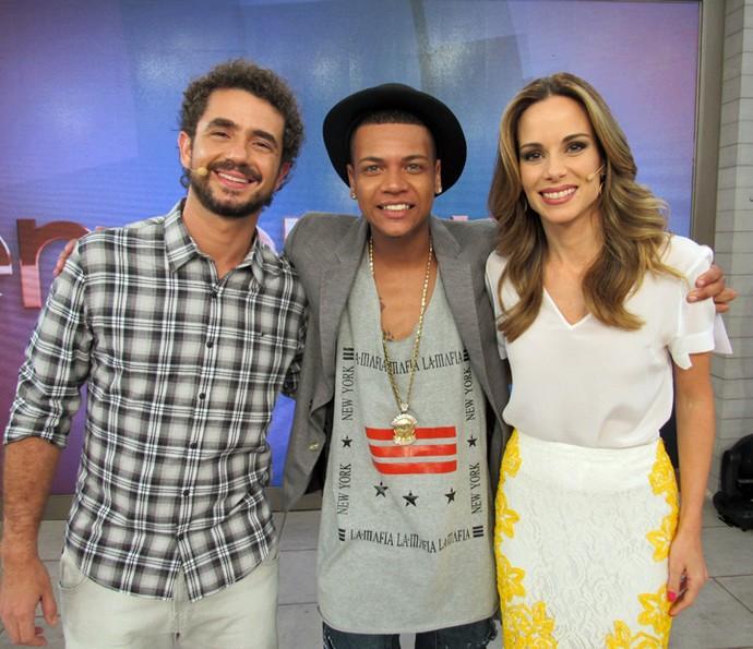 MC Duduzinho cantou seus sucessos no programa (Foto: Priscilla Massena/Gshow)