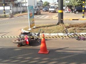 Ciclista fica ferido ao se chocar contra moto (Foto: Carlos Henrique/Arquivo Pessoal)