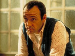Kevin Spacey em 'Os suspeitos' (1995), filme pelo qual ganhou Oscar de coadjuvante (Foto: Divulgação)