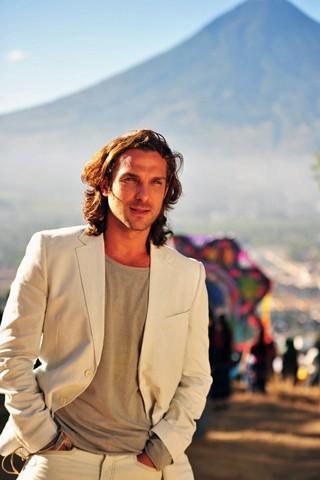 Igor Rickli, o vilão Alberto, também esteve na Guatemala (Foto: João Miguel JR./Rede Globo)
