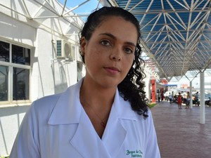 Joyce de Oliveira foi surpreendida com a falta do som automotivo.  (Foto: Marina Fontenele/G1)