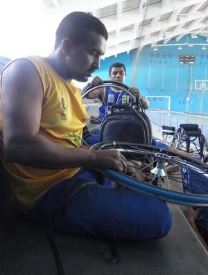 José Filho basquete cadeira de rodas (Foto: Emanuele Madeira/GLOBOESPORTE.COM)