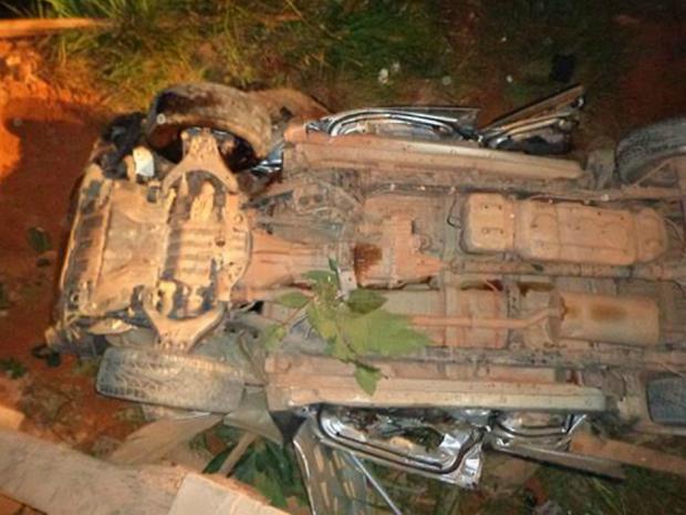 Carro capotou e caiu de ponte na MT-208 em Nova Monte Verde (Foto: Arquivo Pessoal)