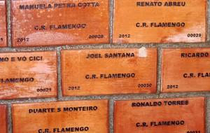 Muro tijolinhos flamengo (Foto: Thales Soares)