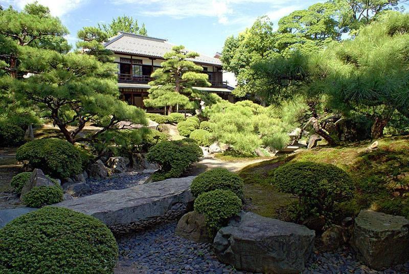 Jardim do Nishiyama Onsen Keiunkan (Foto: Reprodução/Facebook)