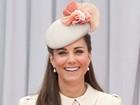 Kate Middleton melhora de enjoos e retoma a rotina normal, diz site