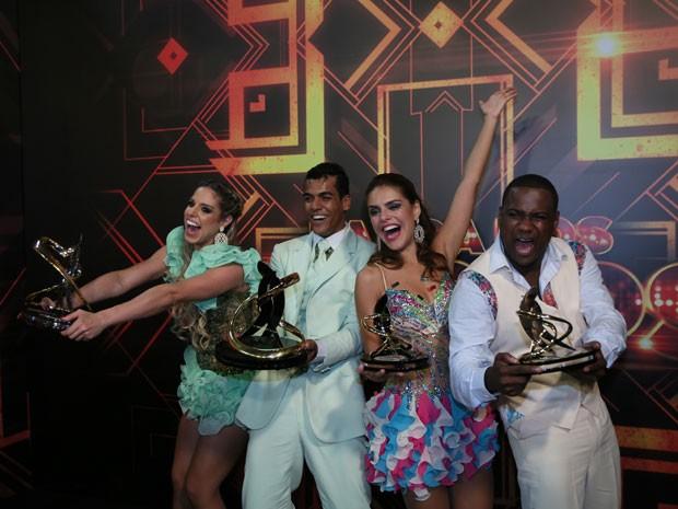 Marcello, Raquel, Paloma e Patrick comemoram a final do 'Dança dos Famosos' (Foto: Carol Caminha/Gshow)