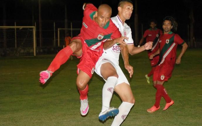 Real Noroeste x Desportiva, pela 11ª rodada da Copa Espírito Santo 2015 (Foto: Henrique Montovanelli/Desportiva Ferroviária)