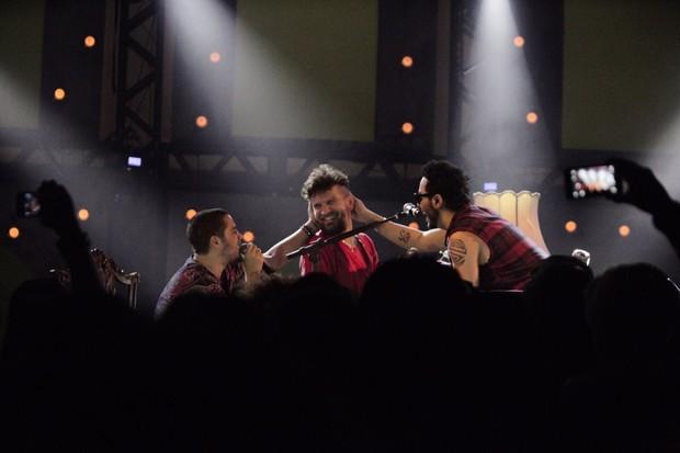 Saulo e Levi participam do show de Tomate (Foto: Divulgação)