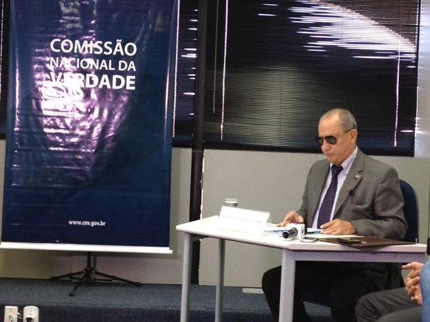 O coronel reformado Pedro Ivo Moézia de Lima, em depoimento à Comissão da Verdade (Foto: Priscilla Mendes/G1)