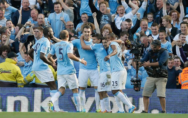 aguero manchester united x manchester city (Foto: Reuters)