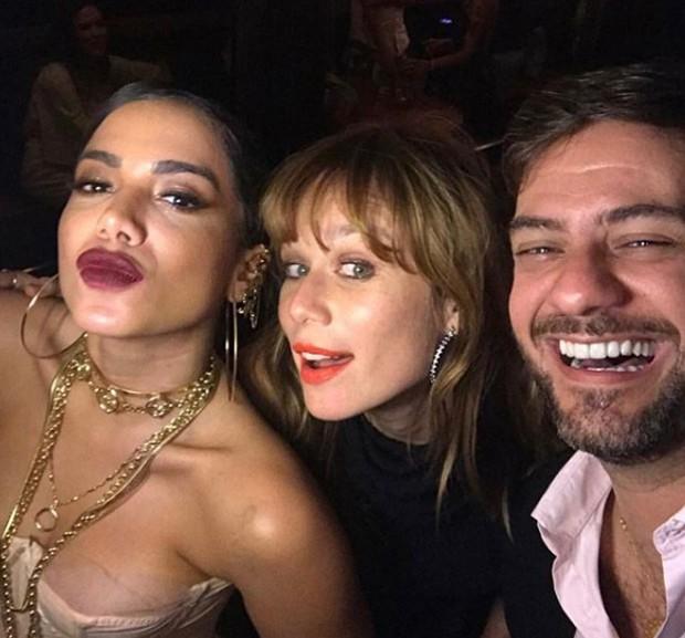 Anitta, Mariana Ximenes e Bruno Astuto (Foto: Reprodução/Instagram)