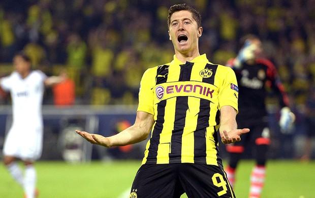 Robert Lewandowski gol Borussia Dortmund jogo Real Madrid (Foto: EFE)
