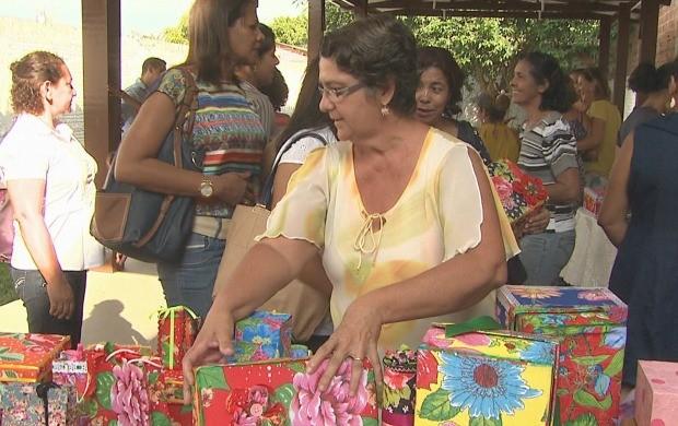 Adesivo De Parede Sala ~ Rede Globo> tv acre Acre TV grupo de mulheres utiliza reciclagem para fazer artesanato
