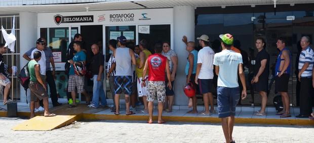 torcida do botafogo-pb, loja oficial do botafogo-pb, botafogo-pb (Foto: Lucas Barros / Globoesporte.com/pb)