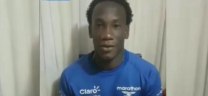 Luis Caicedo, zagueiro do Cruzeiro (Foto: Reprodução / TV Cruzeiro)