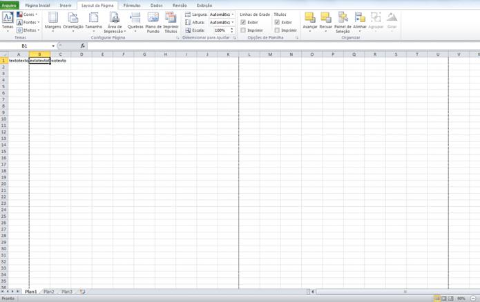 No Excel, o tracejado delimita as páginas (Foto: Reprodução/Luana Marfim)