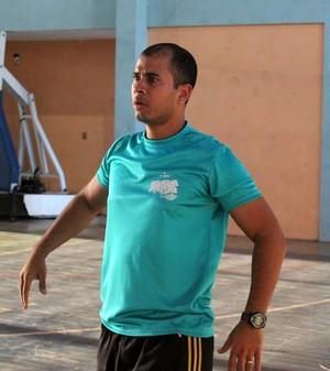 Sérvulo Lima, treinador do IFPI (Foto: Josiel Martins )