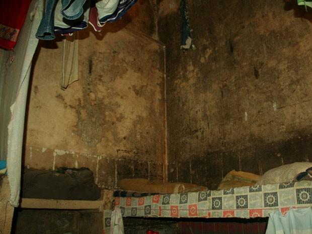Imagem de uma das celas da Penitenciária Estadual do Jacuí (Foto: Divulgação/Lauro Rocha, OAB-RS)