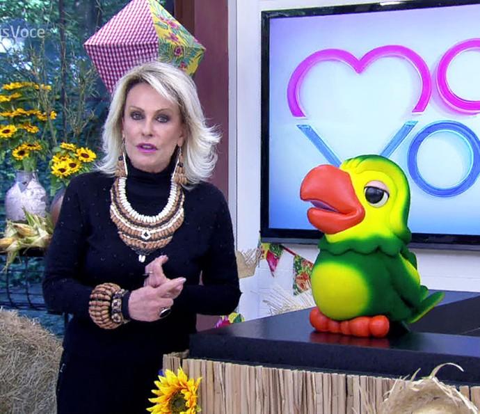 Ana Maria Braga usa acessórios de feijão pela alta do produto (Foto: TV Globo)