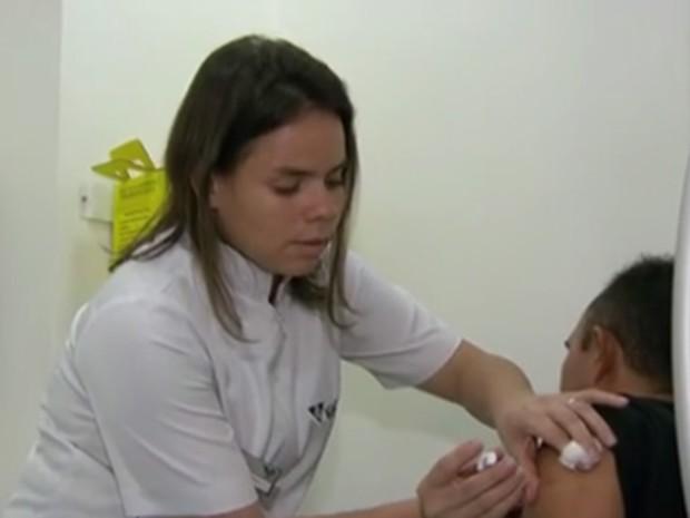 Vacinação contra gripe será antecipada no Estado do Rio de Janeiro (Foto: Reprodução/ Globo News)