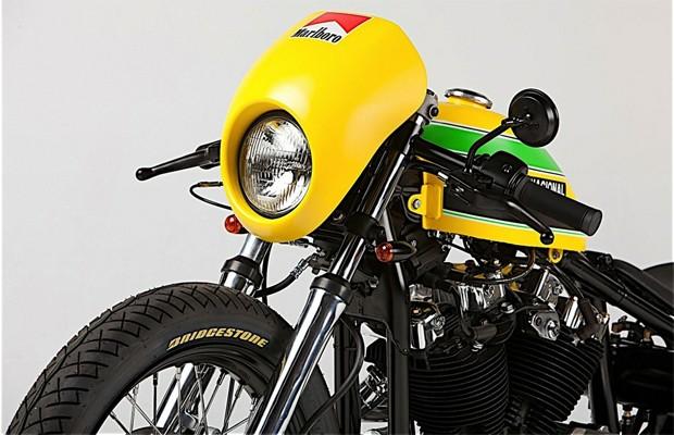 Cores da moto são baseadas no capacete do ex-piloto (Foto: Divulgação)