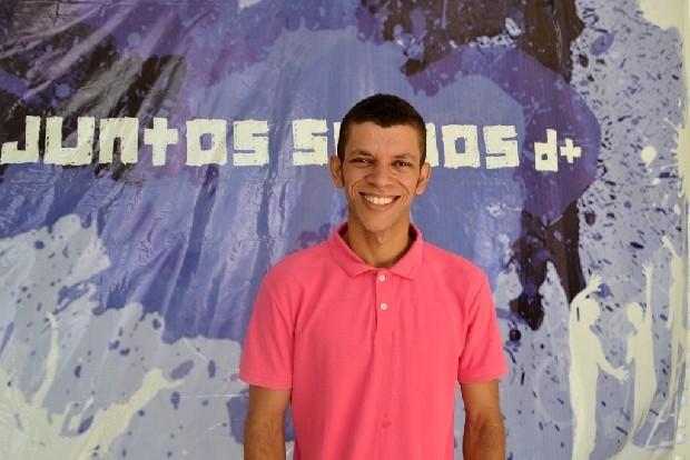 O determinado Paulo Luiz foi contratado por uma empresa parceira do Ocupação Social (Foto: Luiz Eduardo Neves/Divulgação)
