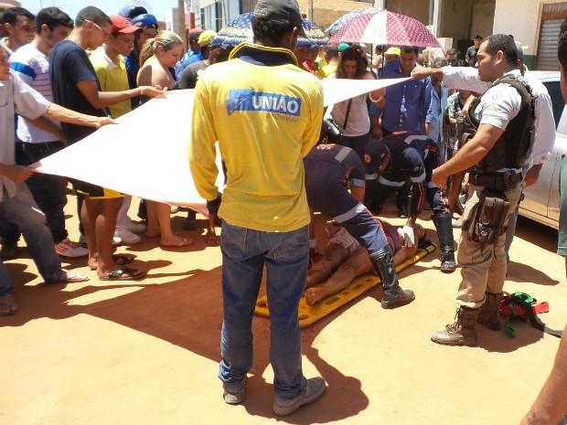 Mulher foi ferida na virilha direita, após discussão de trânsito entre motociclista e marido dela (Foto: Ivan Rodrigo/Blogbraga)
